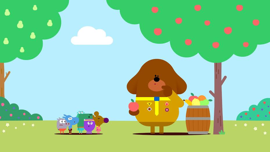 Duggee has lots of fruit- what should they do with it?