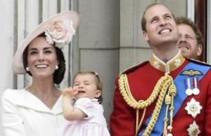 Charlotte e Kate Middleton, Fb