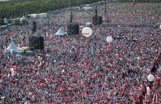 turchia-erdogan-marcia