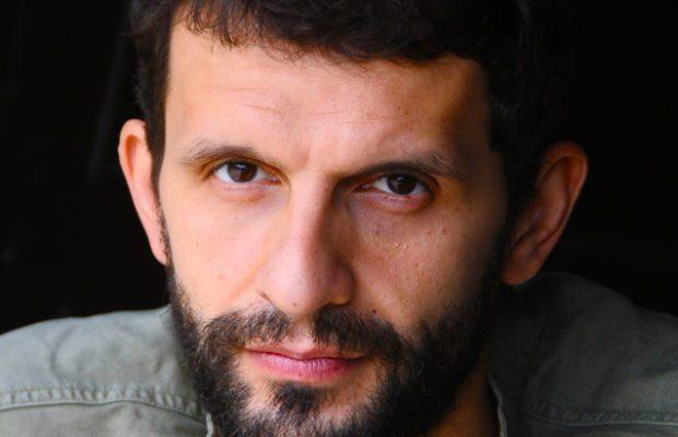 Marco Mario De Notaris torna al Nuovo Teatro Sancarluccio
